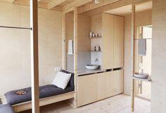 La Loft house di Hanna Michelson è un riparo essenziale nella foresta svedese per gli amanti della natura