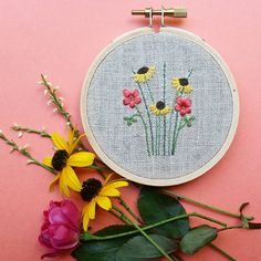 Happy Friday to you!  I've teamed up with some really talented makers, and we are doing a giveaway next week.  This hoop 👆 is one of the prizes. Please check back on Monday for giveaway details. 💕 Have a fabulous weekend, friends!