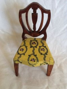 Vintage-Tynietoy-Dollhouse-Miniature-Painted-Hepplewhite-Chair-Yellow-w-Green