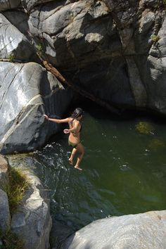 The Best Cliff Diving Spots In Southern California