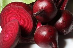 True to its color, beet juice heals and cleanses the blood. The rich amount of antioxidants cleanses the blood and acts as a detoxifying agent.