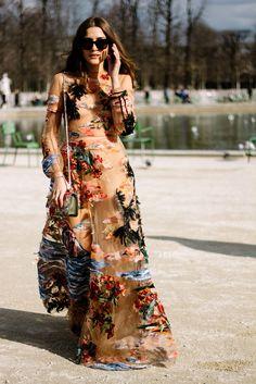Eleonora Carisi en Valentino | Galería de fotos 12 de 182 | VOGUE