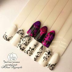 Beautiful Nail Designs, Cool Nail Designs, Nail Art Arabesque, Pink Black Nails, Gothic Nail Art, Secret Nails, Rose Nail Art, Lines On Nails, Lace Nails