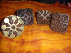 Adinkra stamps I love African textiles and I have long had a fascination for adinkra cloth. The stamps in the photograph are actual Ghanai. African Textiles, African Fabric, African Design, African Art, African Museum, Cultural Crafts, Elephant Quilt, Adinkra Symbols, African Culture