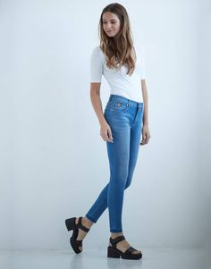 Skinny Jeans Outfit with Raw Hem