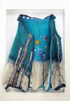 Gallery.ru / Фото #73 - ARIANE SROKA - renew Ancient Greek Clothing, Wet Felting Projects, Hand Painted Dress, Do It Yourself Jewelry, Felt Purse, Felt Patterns, Nuno Felting, Handmade Felt, Felt Hearts