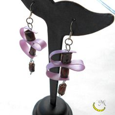 Orecchini di plastica riciclata - lilla e marrone - upcycled plastic earrings - pendientes de plastico reciclado