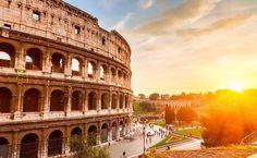 """Coliseu em Roma, Itália (via Viagem e Turismo """"Ao Coliseu e além: saiba onde estão os bairros mais descolados de Roma"""")"""