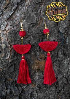Crochet Earrings Pattern, Crochet Necklace, Crochet Patterns, Crochet Designs, Funky Earrings, Bead Earrings, Tassel Jewelry, Beaded Jewelry, Handmade Jewelry