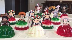 Gelatinas tricolor Mexico Party, Ideas Para Fiestas, Theme Parties, Party Themes, Mexican Birthday Parties, Fiesta Theme Party, Mexican Fiesta Party, Mexican Style, Mexican Theme Baby Shower