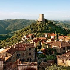 item10: Architectural Digest : Val D' Orchia Region Italy.
