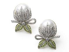 Mabe Pearl & Plique à Jour Enamel Bud Earrings