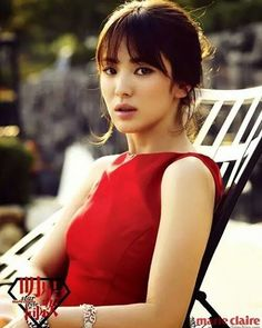 Red really suits her  #songhyekyo #hyekyo #red #dress #marieclaire #magazine #Korea #Korean #Seoul #China #kdrama #kpop #amazing #beautiful #love #pretty #songjoongki #descendantsofthesun #dotS #leeminho #hyunbin #rain