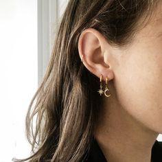 Chloe Mini Earrings – LE sensor Chloe Mini Earrings – LE sensor Related posts:Trendy Women's Bracelets & AnkletsTrending Hairstyles 2019 – Cute Medium Length Ear Piercings for Women Beautiful and. Piercing Rook, Faux Piercing, Cute Ear Piercings, Second Lobe Piercing, Double Ear Piercings, Cartilage Hoop, Cartilage Jewelry, Cartilage Piercings, Dainty Jewelry