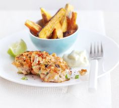 Create a complete superhealthy supper with these light, Asian-style fish cakes and sweet potato chips, from BBC Good Food magazine. Bbc Good Food Recipes, Dinner Recipes, Cooking Recipes, Yummy Food, Healthy Recipes, Dinner Ideas, Gourmet Cooking, Cooking Videos, Salmon Recipes