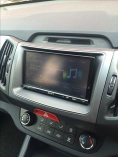 Pioneer AVHX5800DAB Installed In Vauxhall Astra J
