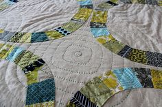 Really like the colors and hand quilting on this Single Girl quilt by Greenleaf Goods (via Freshly Pieced)