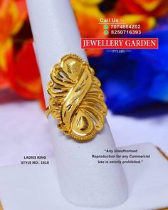 Gold Ring Designs, Gold Earrings Designs, Gold Jewellery Design, Ladies Finger Ring, Gold Finger Rings, Bridal Bangles, Gold Bangles, Chand Bali Earrings Gold, Gold Rings Jewelry