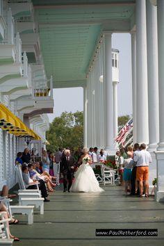 mackinac island wedding elopement grand hotel photo by http://www.paulretherford.com