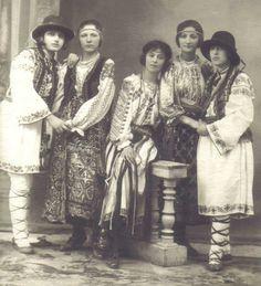Focsani studio photo. 1920 -  Sorin Tudose photo collection