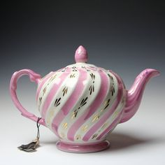 Ellgreave Teapot - Pink Stripe Swirl - Made in England - 4 Cup