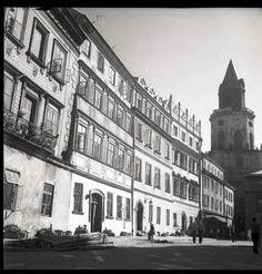 Lublin na zdjęciach Edwarda Hartwiga (zdjęcie - Autor: Edward Hartwig Louvre, Building, Travel, Author, Voyage, Buildings, Viajes, Traveling, Trips