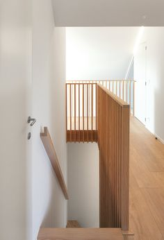10 outstanding banisters and why they work - home and outstanding stair railings and why they work wooden stairs stairs impagtreppenschutzgitter galvanized A modern farmhouse with historic walls bauernhaus historischen House Staircase, Staircase Railings, Wooden Staircases, Bannister, Curved Staircase, Stairways, Modern Stair Railing, Stair Railing Design, Railing Ideas