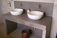 Double vasque sur meuble en béton cellulaire, top !