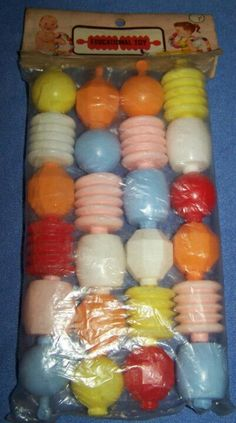 "Vintage ""educational toy"" colorful locking baby beads - 1950's - nos"