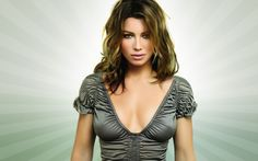 Jessica Biel is also in my book one of the most beautiful women and actresses. She knows how to kick ass while looking stunning. Jessica Biel, Beautiful Celebrities, Most Beautiful Women, Beautiful People, Stunningly Beautiful, Actrices Sexy, Beauty And Fashion, Glamour, Foto Art