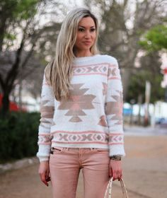 LOOK DO DIA PADRÃO ÉTNICO ETHNIC PATTERN PASTEL COLORS PEACH DKNY OOTD ROSA CORAL MANGO JEANS PIMKIE SWEATER DKNY BAG  STYLE STATEMENT SPRING SUMMER 2014
