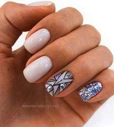 43 Pretty Nail Art Designs for Short Acrylic Nails Sparkly Short Acrylic Nails Short Nail Designs, Cool Nail Designs, Acrylic Nail Designs, Acrylic Nails, Nail Design For Short Nails, Acrylic Art, Trendy Nails, Cute Nails, Hair And Nails