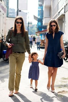 How to raise kids like a French woman. I think these are great parenting tips. I agree with all of them and think many American moms I know could learn a lot from these tips.