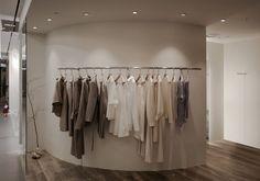 Boutique Interior, Storing Clothes, Retail Windows, Boutique Stores, Textiles, Wabi Sabi, Retail Design, Store Design, Lady Shop