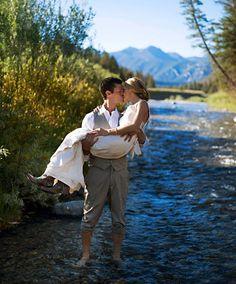 Big Sky Montana wedding bride & groom photos : Hillary Maybery Photography