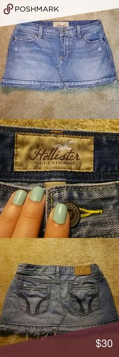 Hollister Jean Mini Skirt * Brand: Hollister & Size: 1 * Frayed trim on bitten w/ slight distressed patches * Sturdy Thick Material (Great for Summer) * Bought but never worn   Pet Free Home ✔ Smoke Free ✔ Love Bundling ✔ Willing To Model Upon Request ✔  ❌ No Returns ❌ No Low Balling  ❌ No Rude Comments Or Other Wise Blocked  Other then all that Happy Poshing everyone! 😘 Hollister Skirts Mini