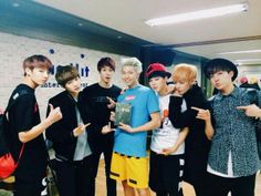 rapmon wat r u wearing r u a highlighter