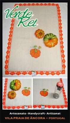 """Kitchen cloth - """"pumpkin"""" (100% cotton) with crochet beak (100% cotton thread)."""