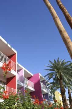 Check out our Palm Springs travel diary at thelittlethingsdiy.com!