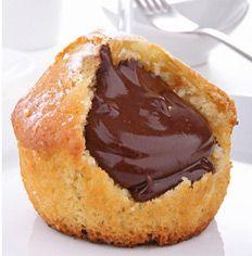 La parola muffin venne citata per la prima volta in Inghilterra nel 1703. La sua esatta grafia era in realtà moofin e qualcuno ipotizza...