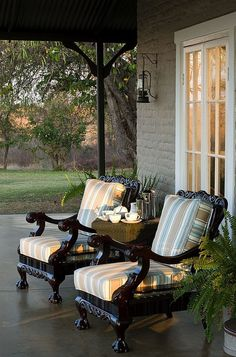 Wonder if I could strip down a pair of queen anne chairs to do this