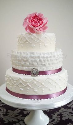 EDITOR'S CHOICE (9/20/2013) Frilly and Pretty by Fabulous Cake Company  View details here: http://cakesdecor.com/cakes/85659