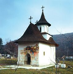 All Bucovina Monasteries Chapelle, Painted Doors, Eastern Europe, Byzantine, Amazing Architecture, Gazebo, Tourism, Beautiful Places, Outdoor Structures