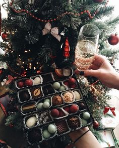 pinterest : @chelseashaf ↠ △✖ 25 Days Of Christmas, Father Christmas, Starbucks Star, Films, Posts, Cozy, Presents, Autumn, Tv