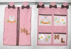 Conjunto portta fraldas + porta trecos feitos em tecido.  Pode ser feito em outra cor e outro tema.    Valor das peças separadas:  Porta fraldas - R$ 50,00  Porta trecos 4 bolsos - R$ 45,00    Dimensões aproximadas: 40 cm (altura) x 35 cm (comprimento) R$ 95,00