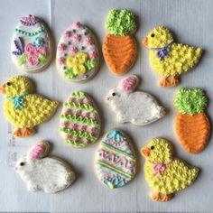 Easter cookies #buttercream #sweetpaisleycookies #eastercookies #bunnies #eggs Buttercream Frosting Cookies, Buttercream Decorating, Sugar Cookie Frosting, Cookie Decorating, Iced Cookies, Easter Cookies, Fun Cookies, Decorated Cookies, Sugar Cookies