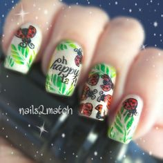 """Who doesn't love some little cute ladybugs? These are from Messy Mansion  (MM17) and UberChic """"Oh happy day"""" Happy Spring  #nailart #stamping #messymansion #uberchic #mundodeunas"""