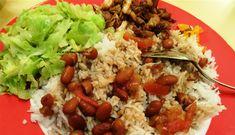 Surinaams eten – B. B. R. met gebakken ketjap kip en spitskool