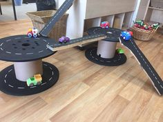 Cars and cable reels Creative Activities For Kids, Games For Toddlers, Creative Kids, Diy For Kids, Outdoor Learning Spaces, Kids Outdoor Play, Backyard For Kids, Cable Reel Ideas Eyfs, Cable Reel Ideas For Kids