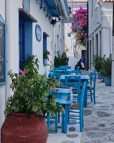 A wonderful corner at 📍Tinos island (Τήνος) Cyclades Islands, Cyclades Greece, Paros, Mykonos, Greece Travel, Photos Du, Belle Photo, Pretty Little, Places To Travel
